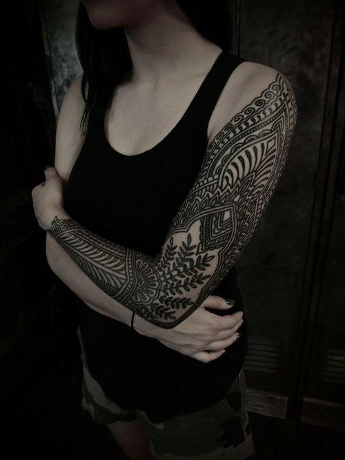 1e86b03b77f3a Tatouage bras - INSPIRATION